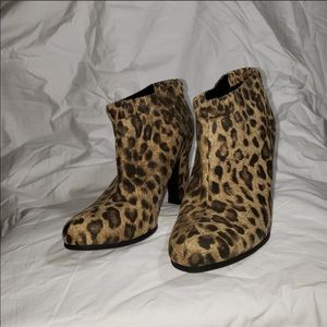 Cute leopard print ankle boots